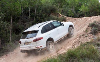 BUTL-Hướng dẫn kỹ thuật lái xe hơi lên dốc